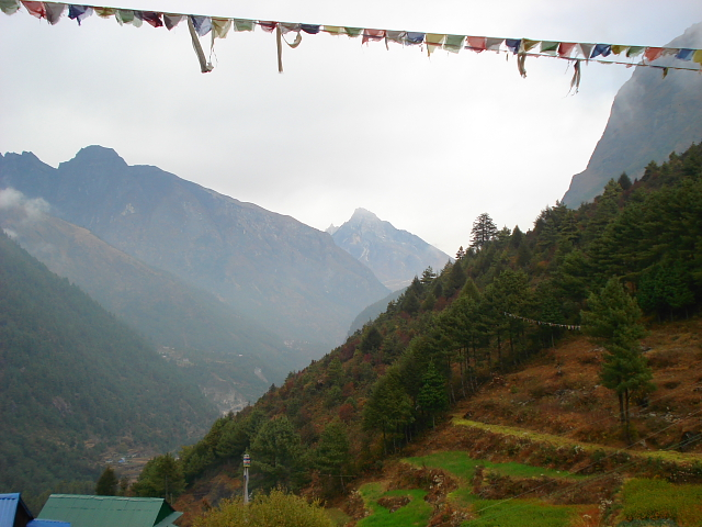 Valley views on the trek to Mt Everest Base camp