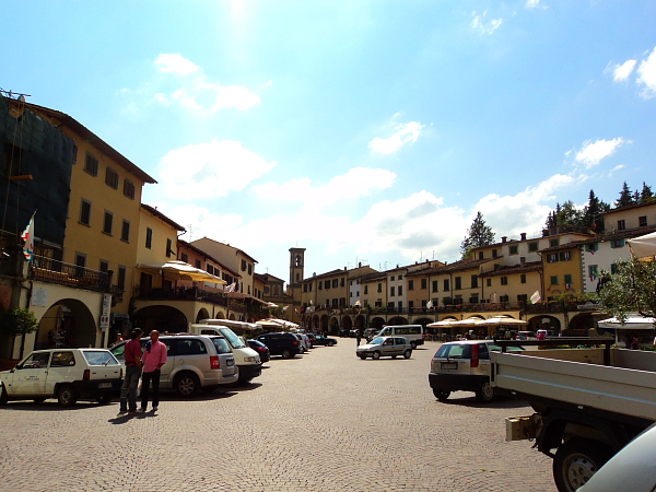 the main town square in Greve in Chianti, Italy
