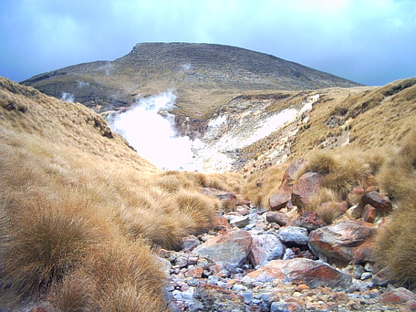 Thermal spring on the Tongariro Crossing, New Zealand