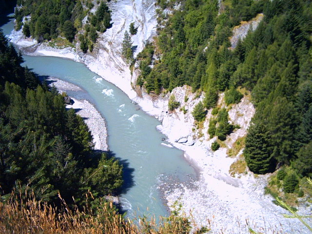 Lord of the Rings scene location on Shotover River, New Zealand