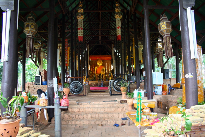 Wat Chedi Luang Buddhist temple in Chiang Saen, Thailand