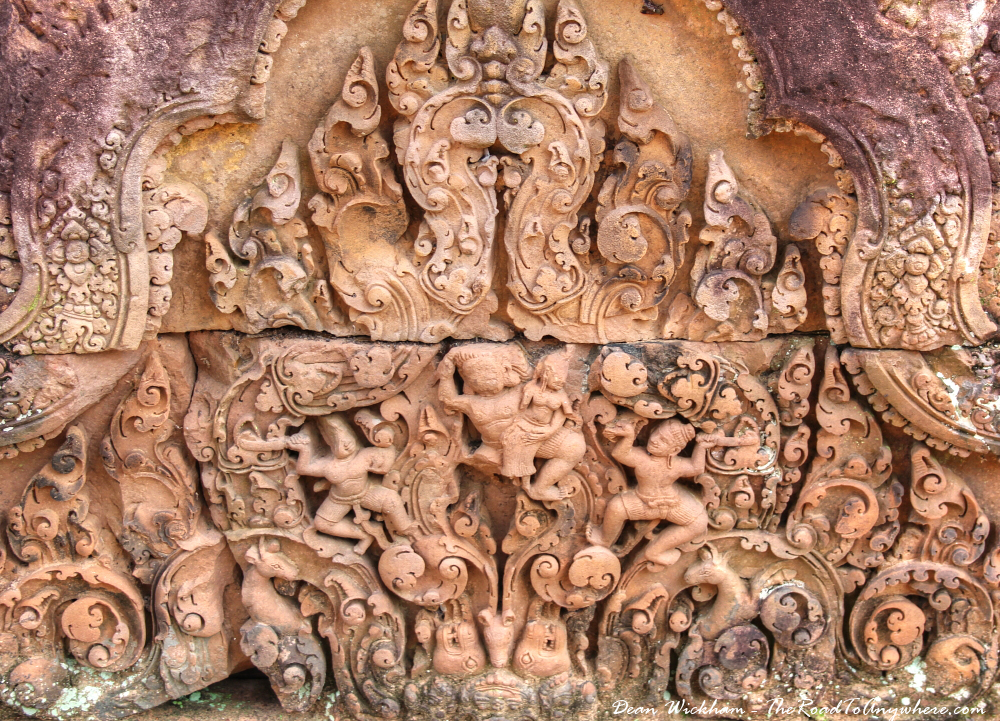 Beautiful wall carving in Banteay Srei in Angkor, Cambodia