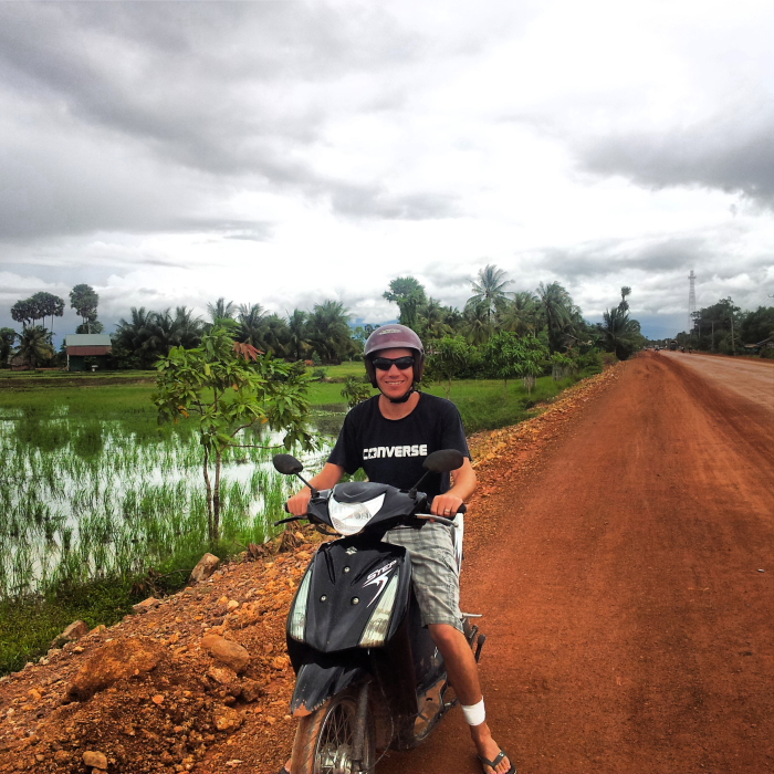 Riding a scooter from Kampot to Kep in Cambodia