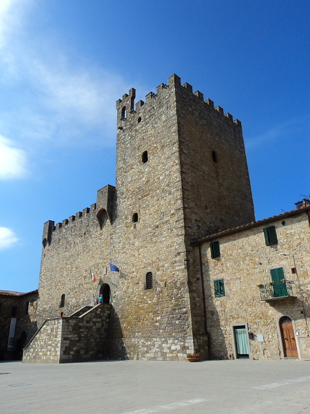 A fortress in Castellina in Chianti